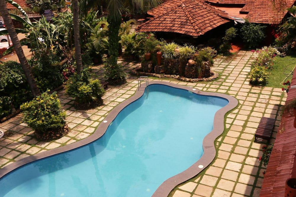豪華雙床房, 2 張單人床, 非吸煙房, 泳池景 - 客房景觀