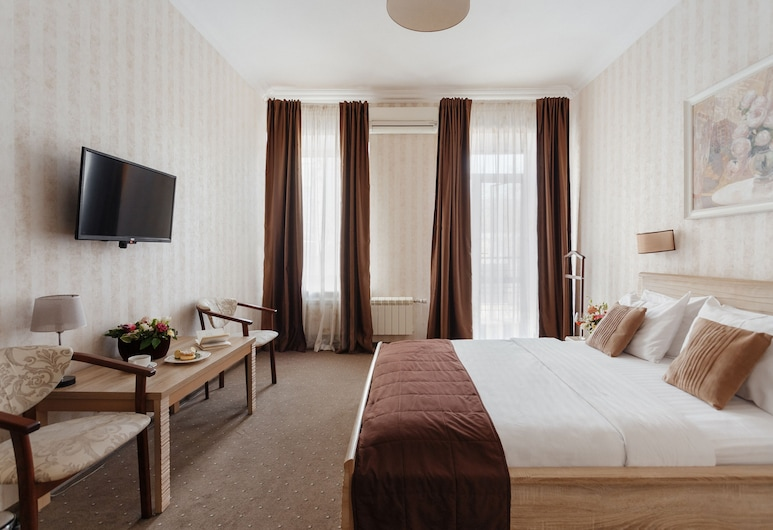 Ribas, Odessa, Deluxe Room, Balcony, Guest Room