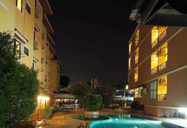 Golden Villa, Pattaya, Vonkajší bazén