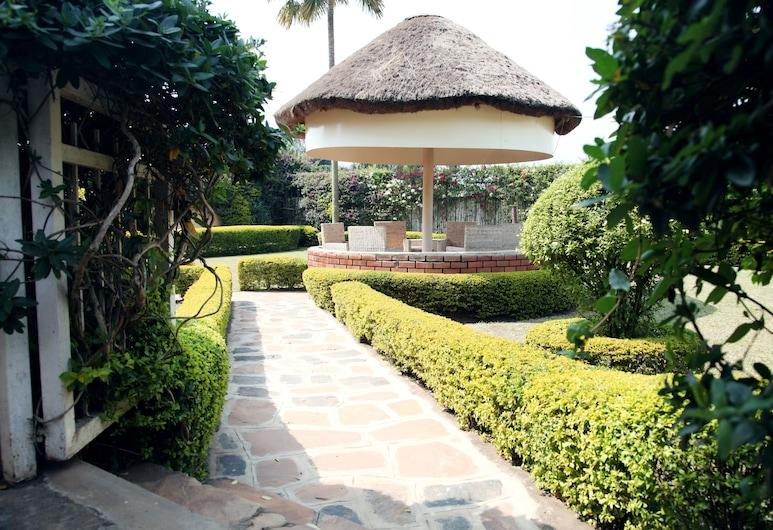 Airport View Hotel, Entebbe, Giardino