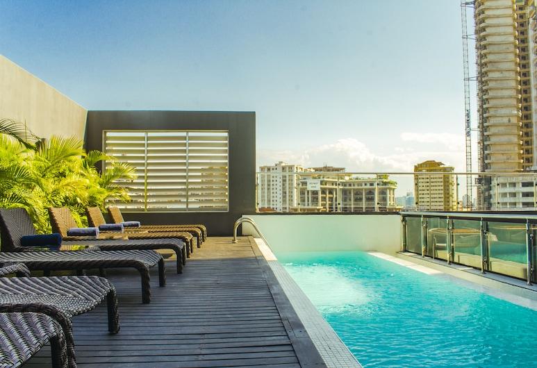 Onomo Hotel Dar es Salaam, 三蘭港, 游泳池