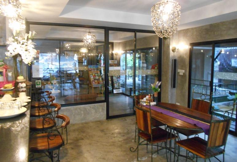 G2 Boutique Hotel, Čiangmajus, Viešbučio baras
