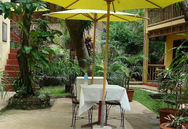 Sun Garden Hilltop Resort, Boracay Island, Outdoor Dining