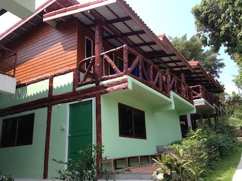 Picture of Paradise Bungalows in Koh Phangan