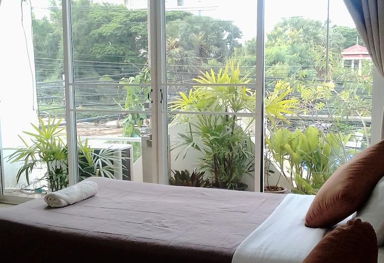 轉角咖啡廳民宿, Hua Hin, 高級雙床房, 露台, 客房