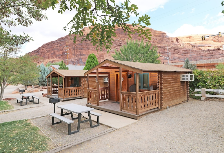 Moab Valley RV Resort & Campground, Moab, Deluxe Cabin (DC4), Room