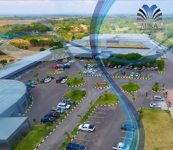Foto Mika Convention Center Meanwood di Lusaka