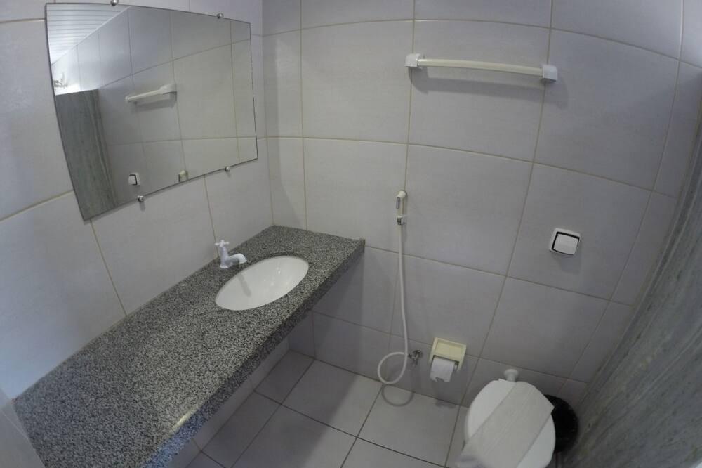 Standartinio tipo kambarys, vaizdas į jūrą - Vonios kambarys