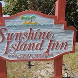 Sunshine Island Inn
