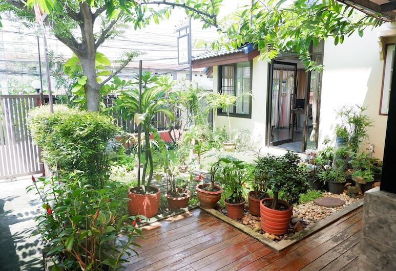 モン ロッジ & ヨガ ドン ムアン, バンコク, 施設の敷地