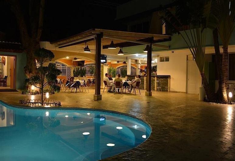 New Garden Hotel, Sosua, Välibassein