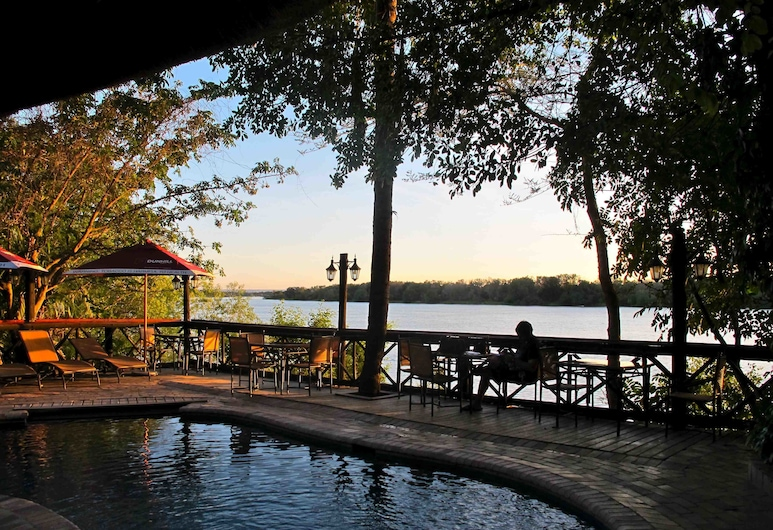 Victoria Falls Waterfront, Livingstone, Bazén