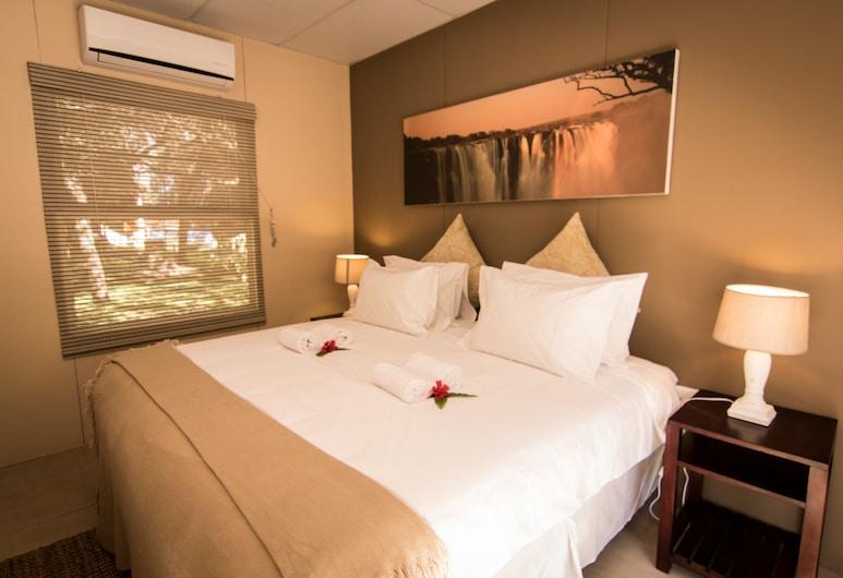 Victoria Falls Waterfront, Livingstone, Adventure Village Rooms, Room
