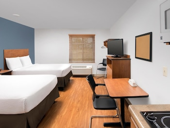 Picture of WoodSpring Suites Cleveland Airport in Cleveland