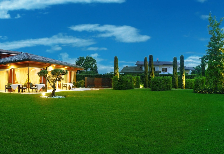 Relais Villa Annamaria, איסטראנה, חזית המלון - ערב/לילה