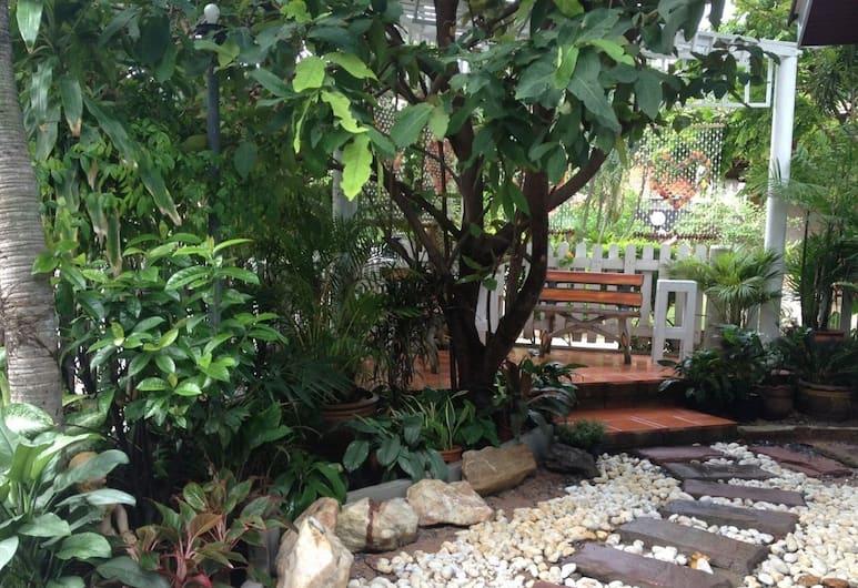 天使泳池別墅, 芭堤雅, 花園