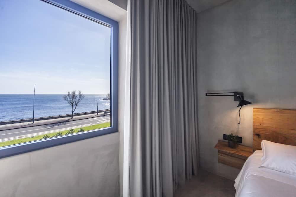 Дизайнерский двухместный номер с 1 двуспальной кроватью, вид на море - Главное изображение