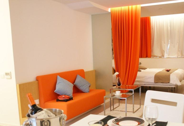 60 West Suites Hotel, Hong Kong, Executive Suite, 2 Bedrooms, Bilik Rehat