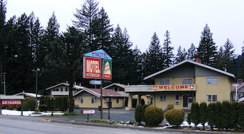 Picture of Swiss Chalets Motel in Hope