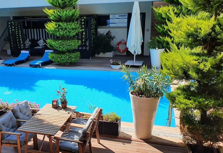 D Hotel Spa & Resort, Чешме, Вид снаружи / фасад
