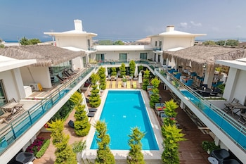 Enter your dates to get the Cesme hotel deal