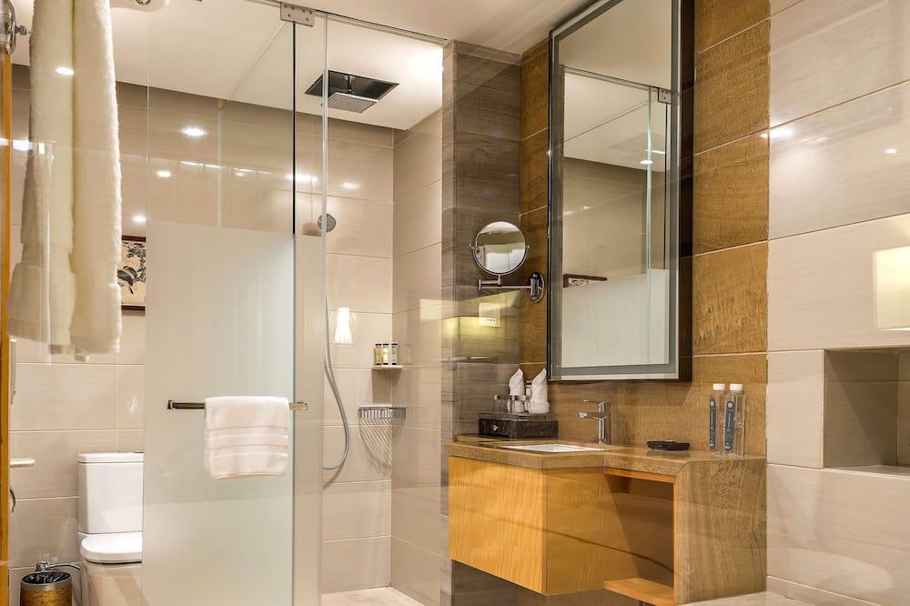 Quarto Deluxe, 2 camas individuais - Lavatório na Casa de Banho