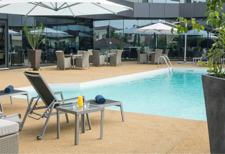 Fiesta Residences Boutique Hotel and Serviced Apartments, Accra, Kolam Terbuka