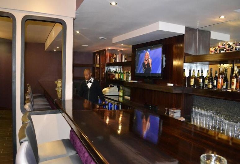 President Hotel & Conference Venue, Блумфонтейн, Бар в отеле