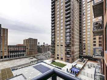 Picture of Pelicanstay near Holland Tunnel in Jersey City