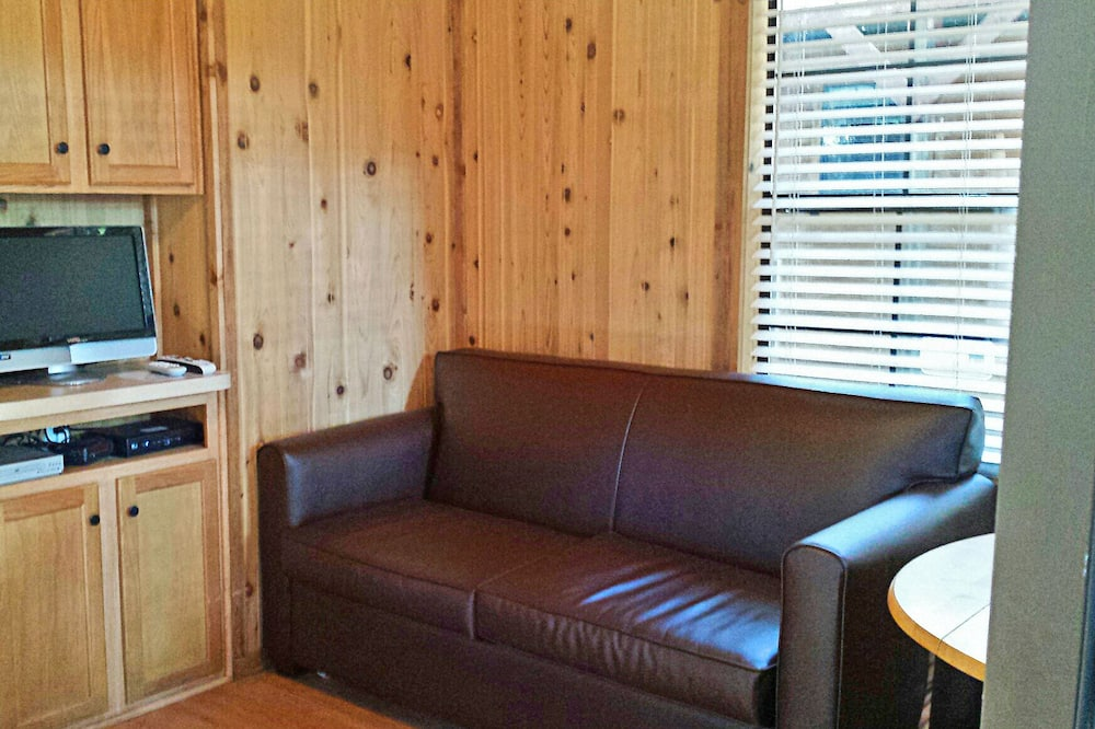 코티지, 퀸사이즈침대 1개 및 소파베드, 금연, 주방 (Linens Included) - 거실 공간