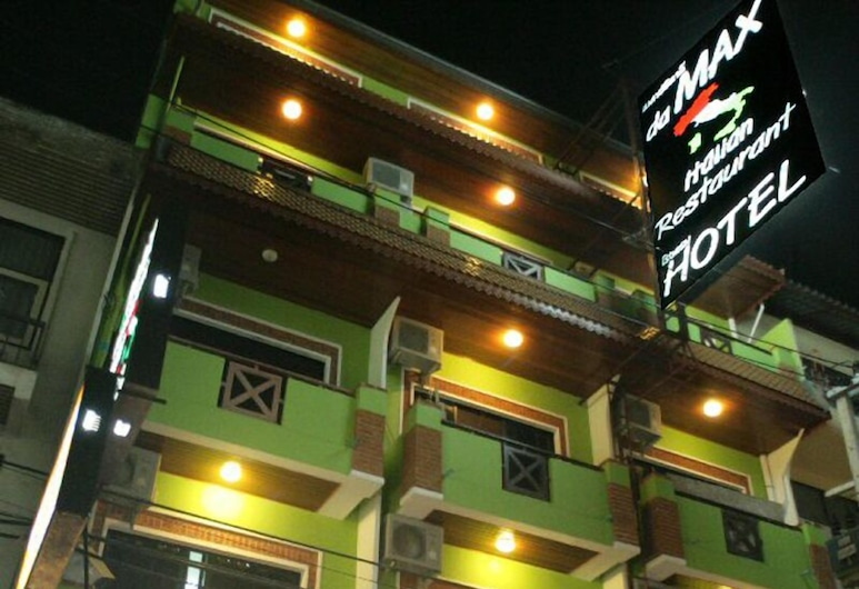 Max Hotel, Pataja
