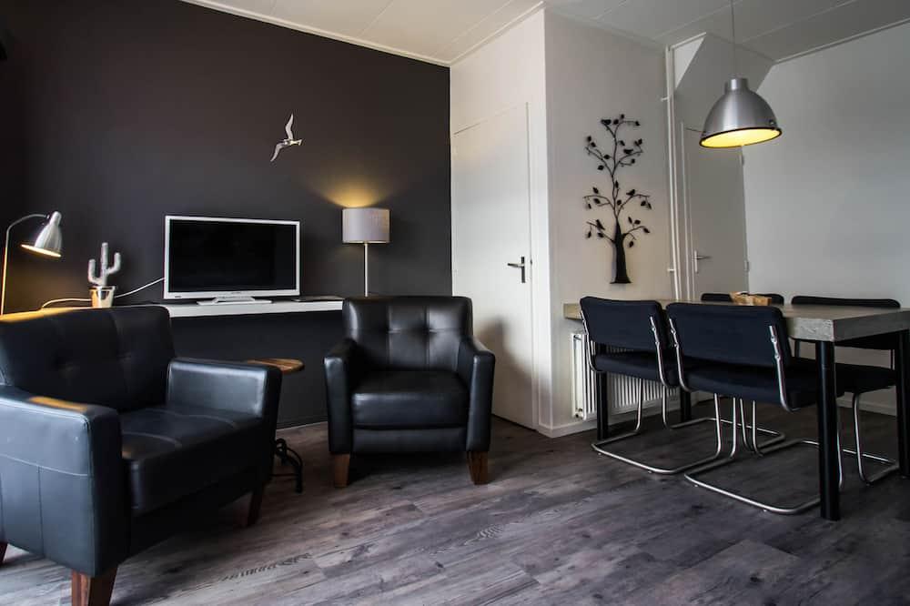 Apartment (playground) - Room