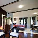 Mini Suite - Living Area