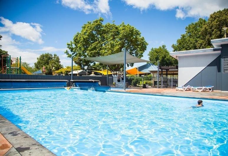 Hastings Top 10 Holiday Park, Hastings, Outdoor Pool