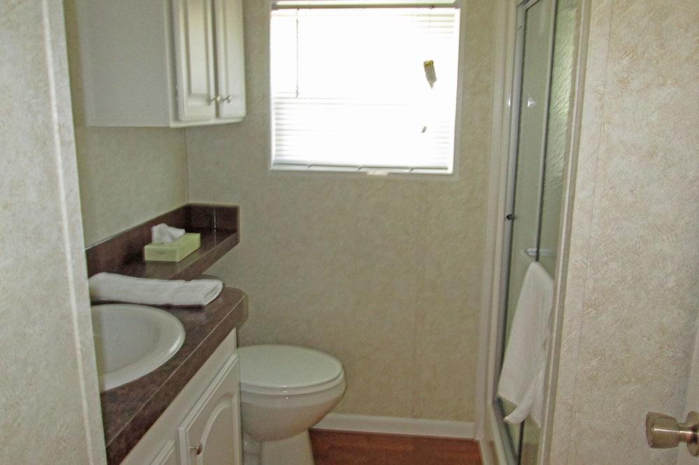 平房, 1 張加大雙人床和 1 張沙發床, 非吸煙房, 廚房 (Linens Included) - 浴室