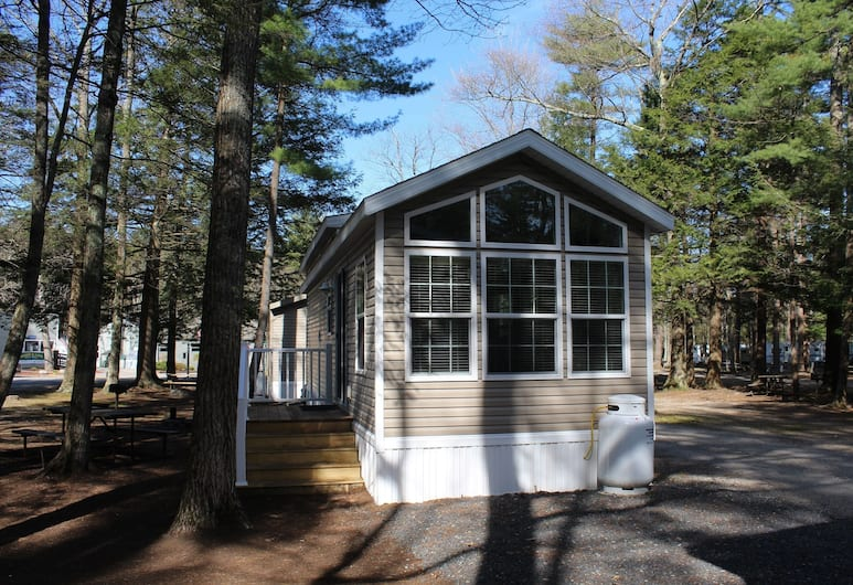 Moody Beach RV Campground, Wells, Cottage, 1 Bedroom (Loft, Linens Available), Room