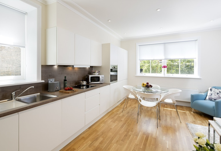 Hammesmith One, London, Apartment, 2 Bedrooms, Living Area