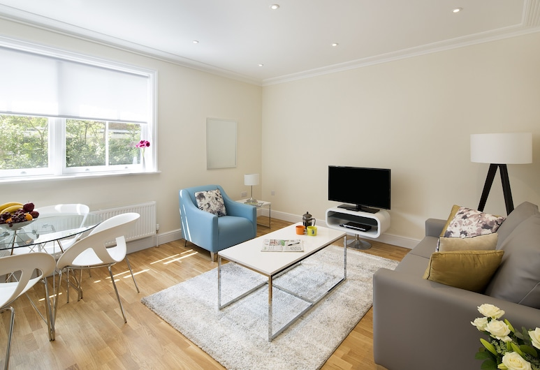 Hammersmith One - Q Home, London, Apartment, 2 Bedrooms, Room