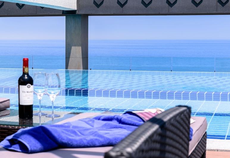 Grabel Hotel Jeju, Jeju City, Infinity Pool