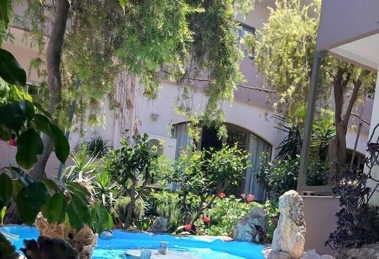 Pantheon Hotel - Adults Only, Rethymno, Viešbučio teritorija