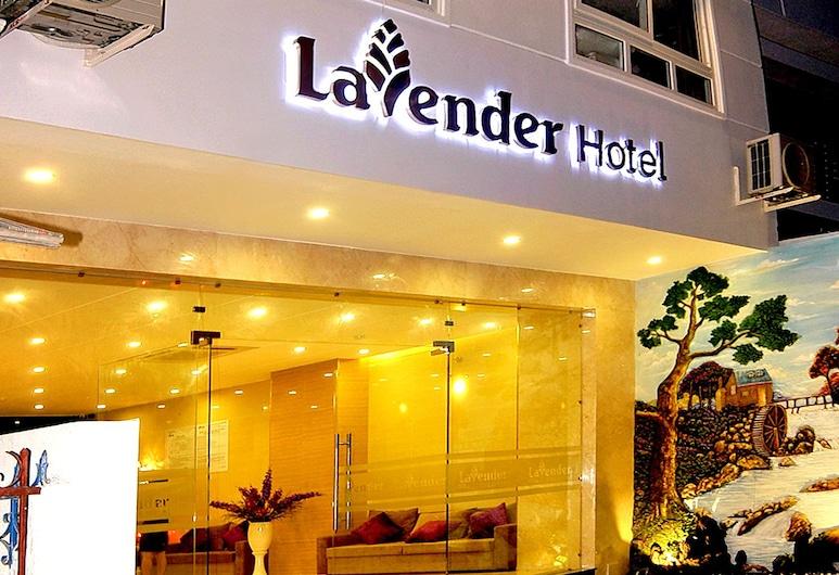 Lavender Nha Trang Hotel, Niačangas, Viešbučio fasadas vakare / naktį