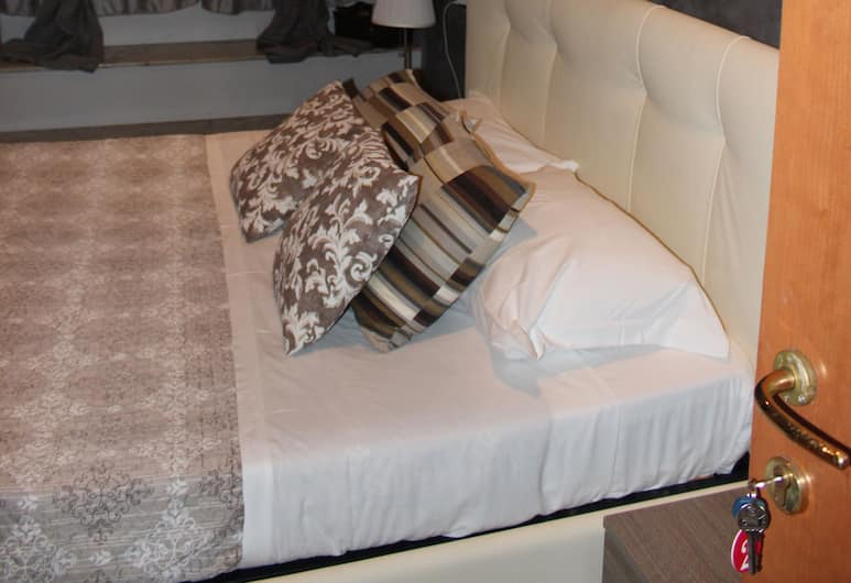 Amira Central Esedra, Rome, Chambre Double Standard, 1 lit double, Chambre