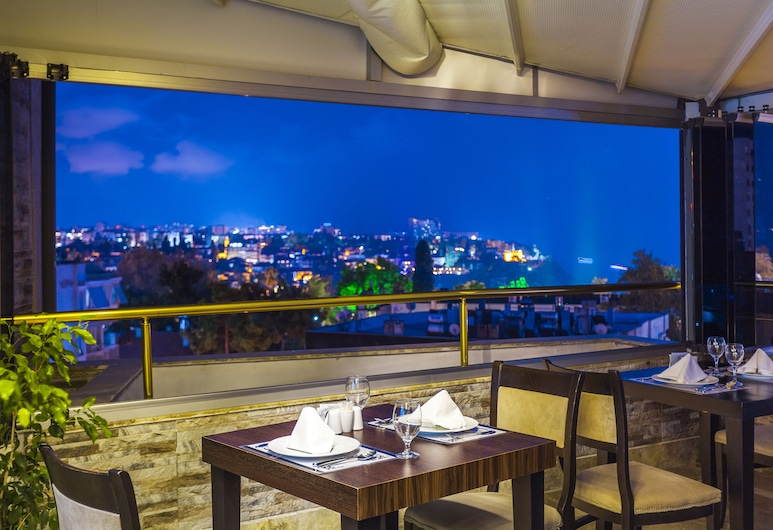 Ayhan Hotel, Antalya, Terrasse/Patio
