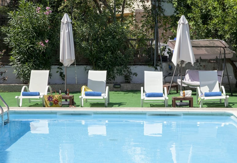 Seagull Hotel and Apartments, Chania, Pool