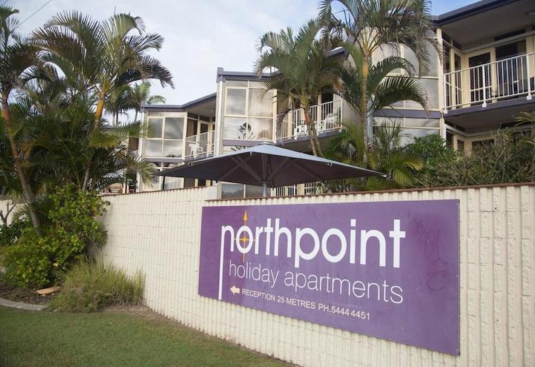 Northpoint Holiday Apartments, Alexandra Headland, Voorkant van de accommodatie