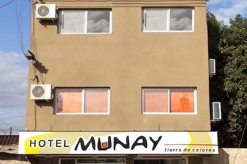 穆內萊德斯馬酒店/