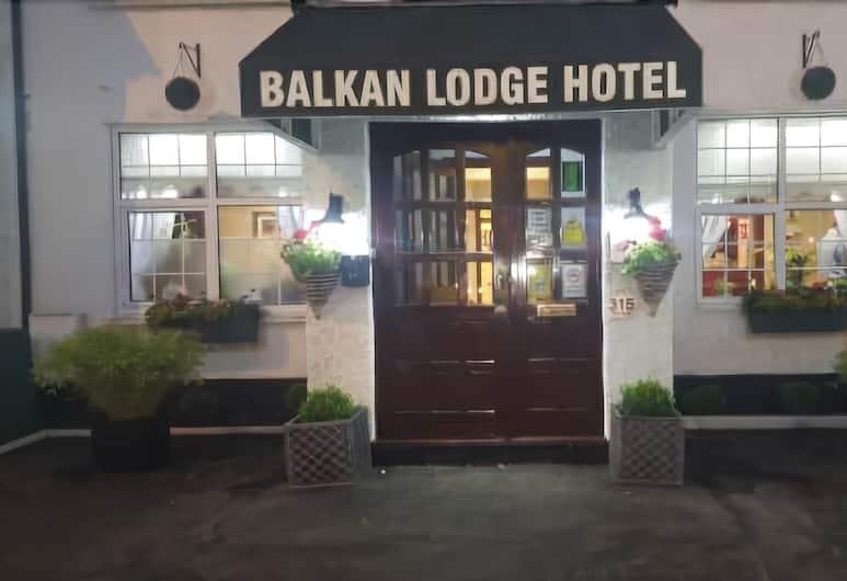The Balkan Lodge Hotel, Oxford, Hotel Entrance