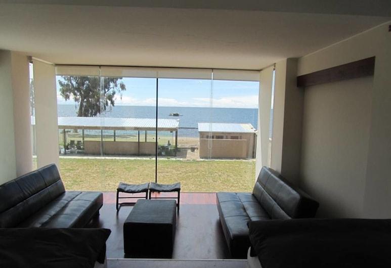 Onkel Inn Torres de Copacabana, Copacabana, Deluxe Room, 2 Twin Beds, Living Area