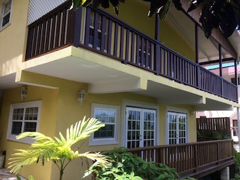 Picture of Grandtosh Luxury Apartments in Castries