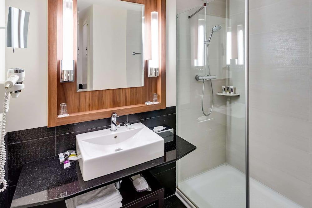 Quarto Twin Standard, 2 camas individuais - Casa de banho
